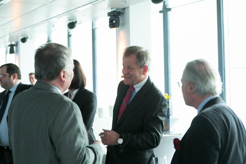 CEO Dr. Eduard Zehentner