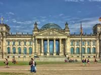 Wie setze ich auf steigende Zinsen bzw. fallende Kurse von deutschen Bundesanleihen?