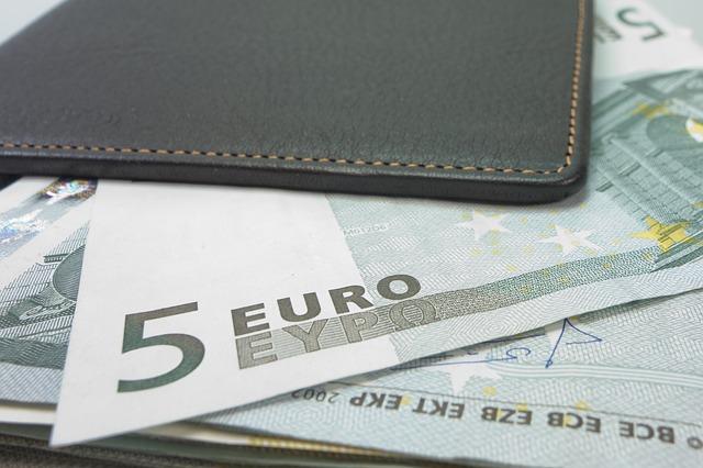 money-494162_640