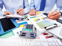 Wie Kleinanleger den richtigen Online-Broker finden