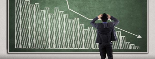 How can small investors bet on falling share prices?