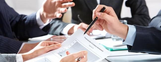 Wie sinnvoll ist es, Investment mit Versicherungsschutz zu kombinieren?