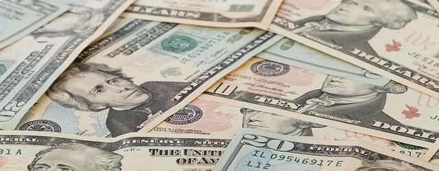 Einfach in US-Dollar Investieren – Tages- und Festgeld der IKB Bank
